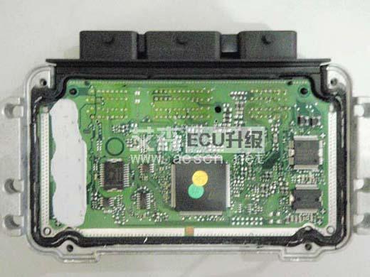 """ECU升级的精心调校,陈先生的爱车不仅动力有所提升,同时油门反应也比之前更加灵敏,驾驶感觉车更加轻快,仿佛在开1.8排量了!  雪铁龙1.6排量的世嘉所搭载的""""N6A 10XA3A PSA""""发动机可以为其输出最大功率为78KW,最大扭矩为142Nm。其实这款发动机由来已久,在爱丽舍、C2、207、307等车型上都有广泛的应用,而起步、油门反应方面的问题,也是这款发动机的老毛病了。  艾森ECU改装的工程师采用BOOT模式对这款车进行了ECU调校作业,有效改善了原车存在的问题,具体来"""